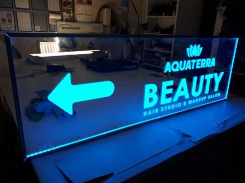 reclama interior Beauty salon